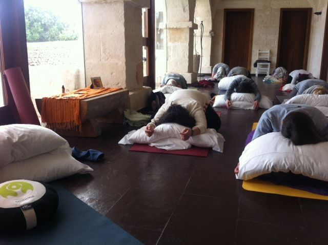 Retiros de yoga en Menorca- Menorca yoga retreat