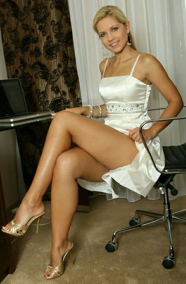Girl upskirt lovely legs Alexis