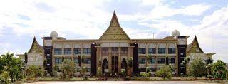 Berikut ini daftar alamat sekolah yang ada di Kabupaten Kampar Provinsi Riau :  NO  SEKOLAH  ALAMAT  DESA  KECAMATAN  1  SMAN 2 BANGKINANG  JL. A. RAHMAN SALEH NO. 55  BANGKINANG  BANGKINANG  2  SMAS UNGGUL TERPADU SERAMBI MEKKAH  JL. HR SOEBRANTAS BANGKINANG  BANGKINANG  BANGKINANG  3  SMAS YLPK BANGKINANG  JL. A. RAHMAN SALEH BANGKINANG  BANGKINANG  BANGKINANG  4  SMP NEGERI 1 BANGKINANG  BANGKINANG  BANGKINANG  BANGKINANG  5  SD IT AL BADR  BANGKINANG  BANGKINANG  BANGKINANG  6  SD M 019…