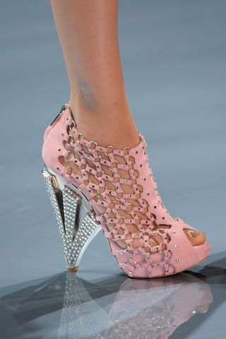OMG SHOES! / Salvatore Ferragamo #creative #fabulous  2013 Fashion High Heels 