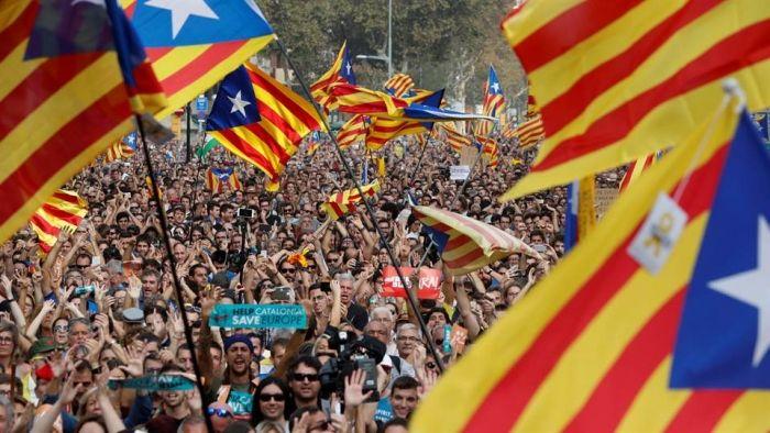Declaración independencia Cataluña conmociona España y casi toda Europa