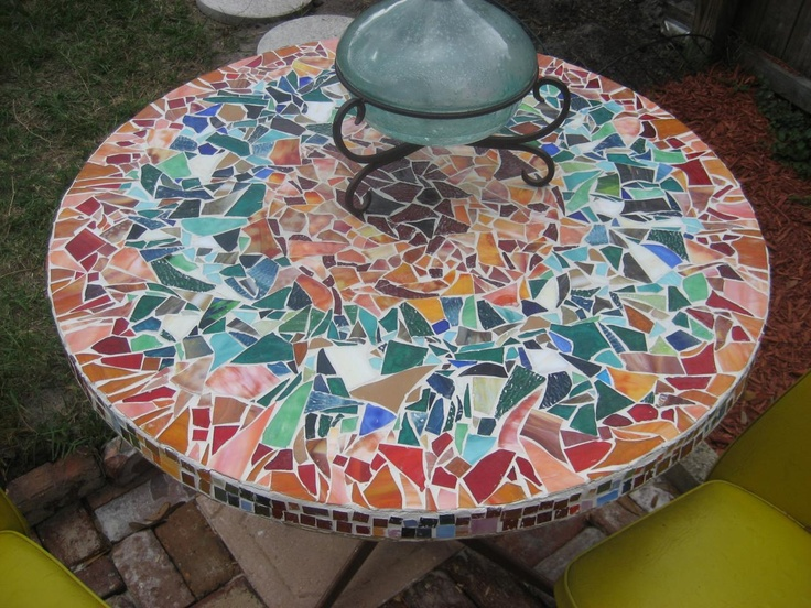 16 best images about mosaic ideas for my tree stump table for Garden mosaic designs