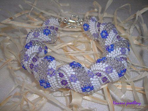 Fialka... Beading jewelery from Hannie jewellery :) Cheb, Czech republic http://hanniejewellery.cz/
