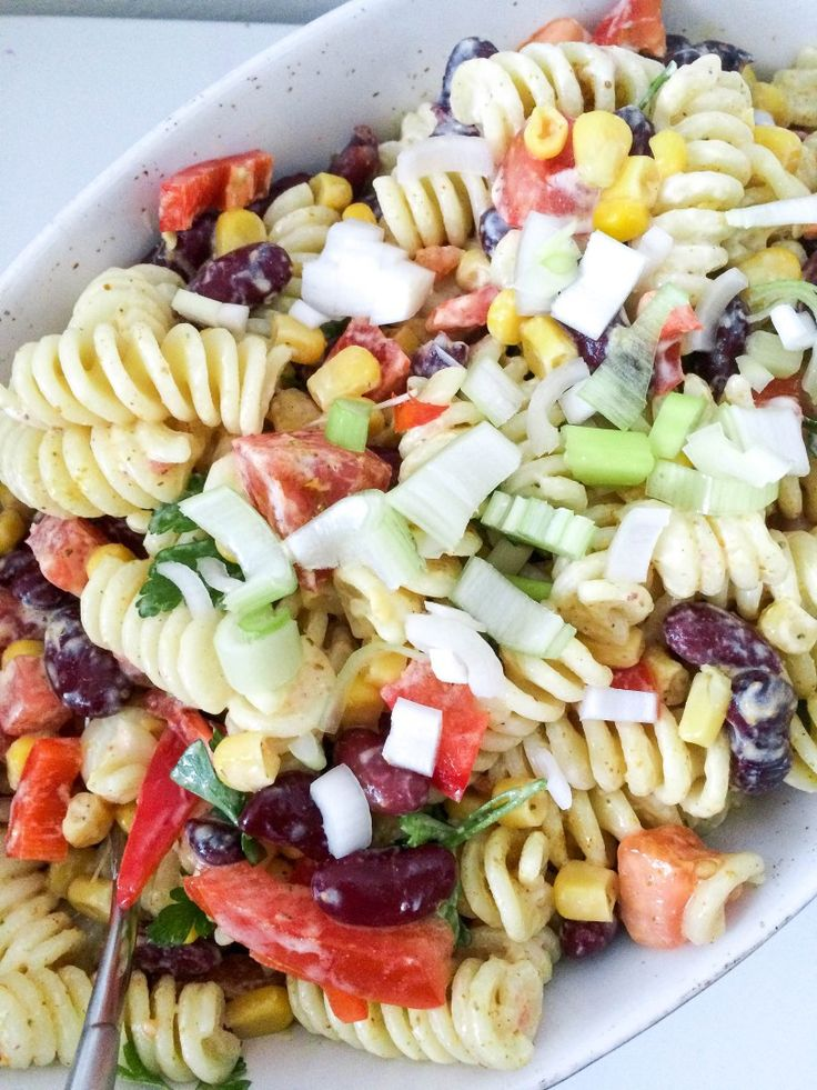 Mexican pasta salad with curry   – Salate und Dressings