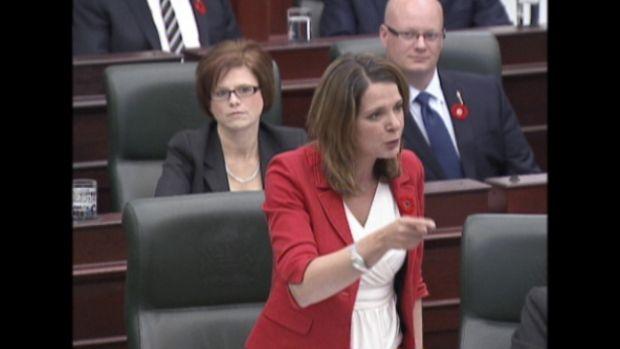 Danielle Smith vs. Alison Redford on day 1 of Alberta legislature #ableg #wrp #Alberta