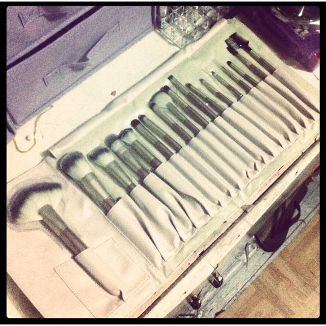 brushes from my boyfriend❤☺