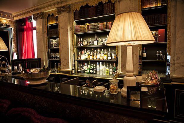 bar-la-reserve-hotel-paris-8eme