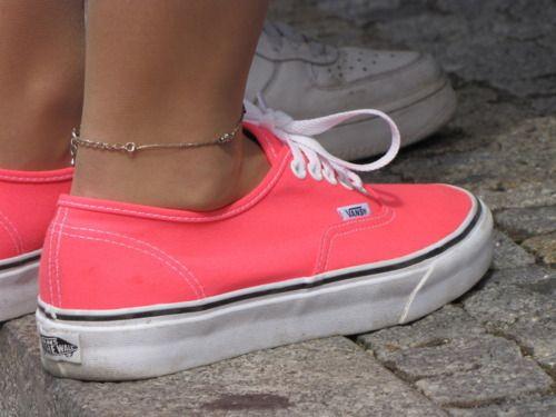 vans: Coralvans, Neon Vans, Style, Colors, Anklet, Vans Shoes, Pink Vans, Sneakers, Coral Vans