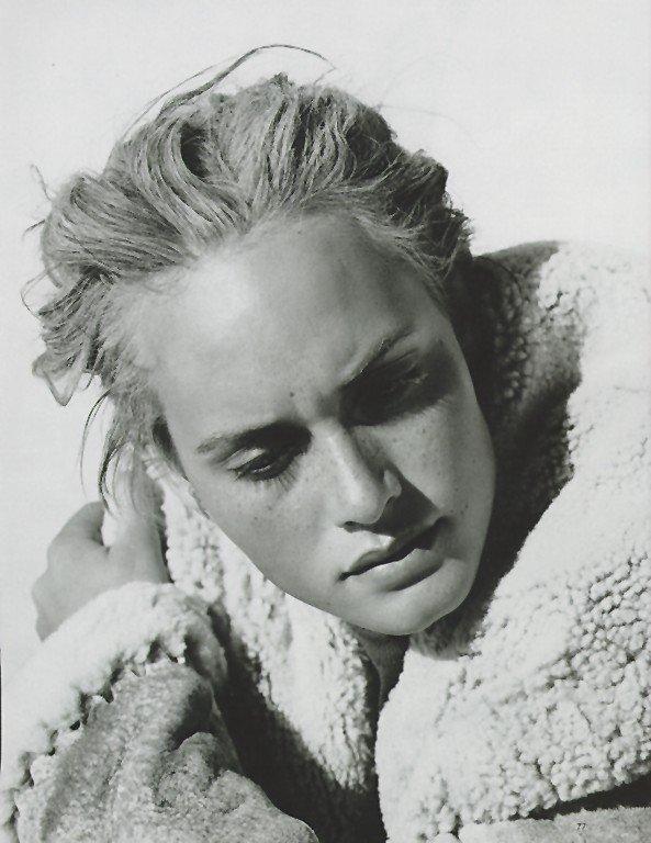 Harper's Bazaar - Azzedine, Arizona - Amber Valletta - Jan 1995 / Photos PETER LINDBERGH / omg this is pure beauty!!!!