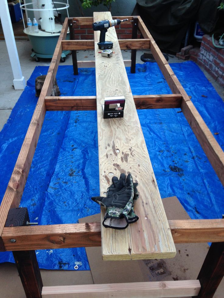 Frame with middle plank.