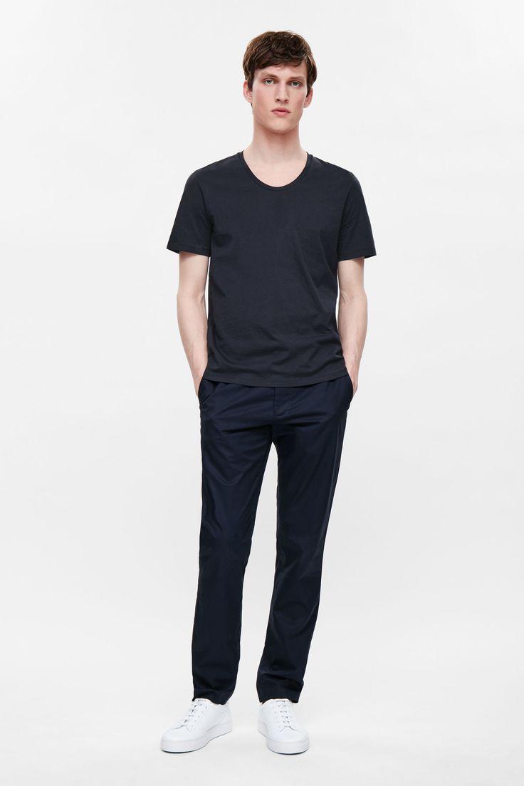 Deep-neck cotton t-shirt