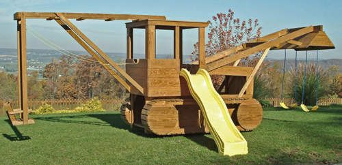 Play set that is every little boys dream! Dad, grandpa and uncle Travis get to work!!! ;) @ Debbie Klann @ Katie Ralls