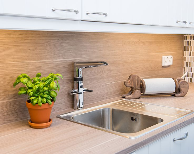 2727F Oras Optima, a smart kitchen faucet with a touch less function