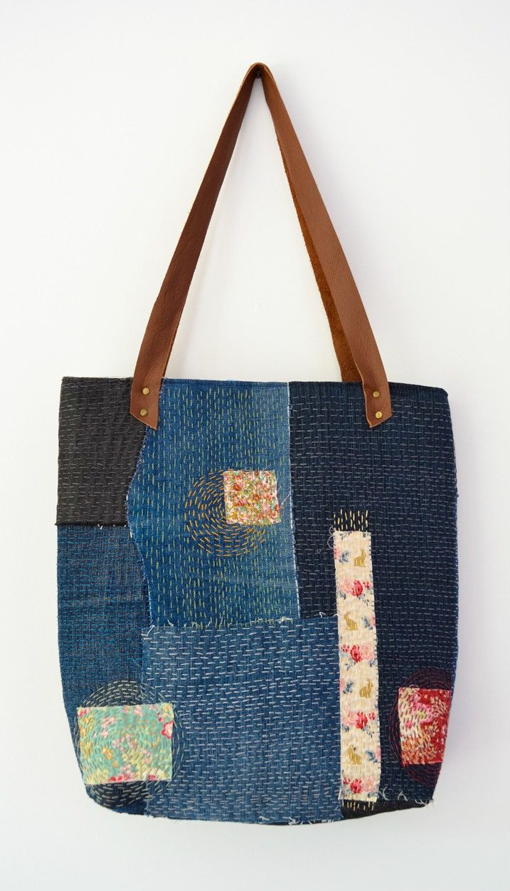 Transform your denim scraps into a sashiko denim tote - great way to recycle denim. Click through to blog for full tutorial