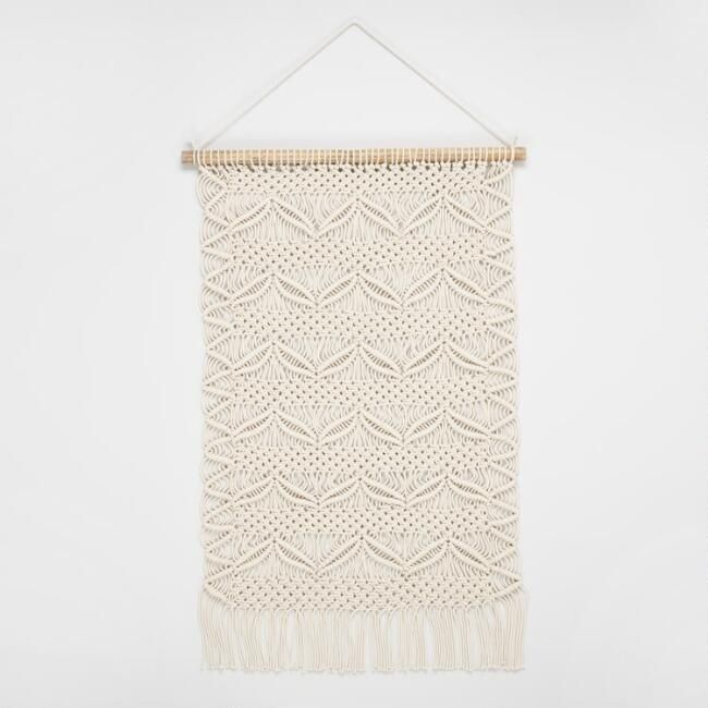 Macrame And Woven Wall Hangings That Make Us Swoon