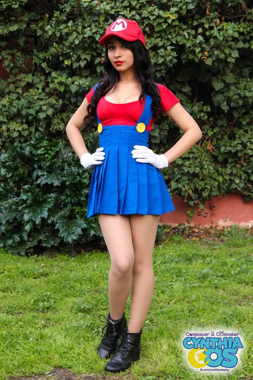 Lady Mario Cosplay