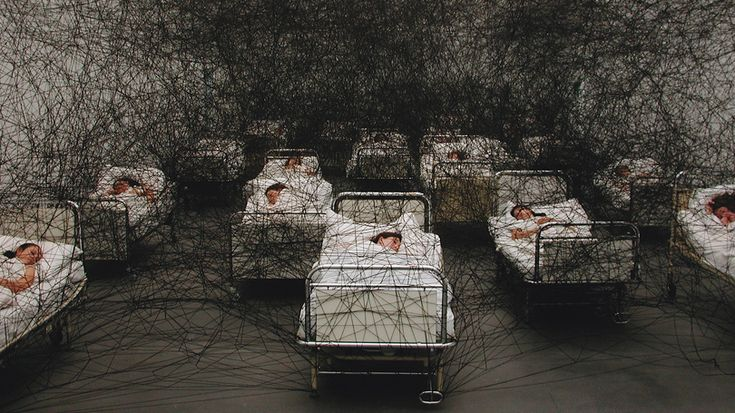 """During Sleep"", 2002, Kunstmuseum Luzern/Switzerland, photo: Sunhi Mang"