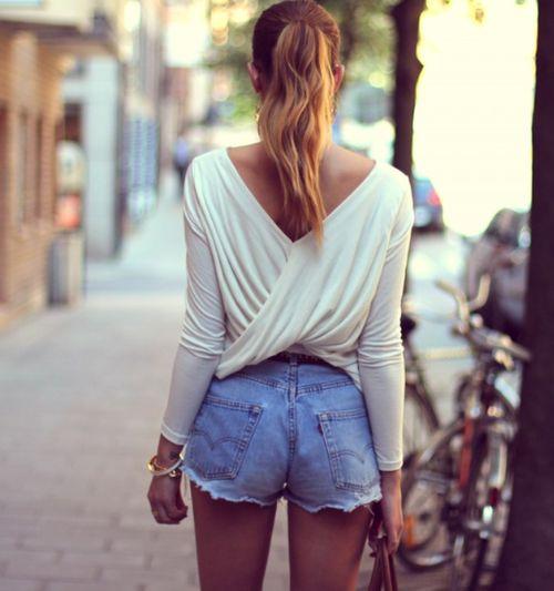 l'atteggiamento migliore c43c3 f4604 Shorts di jeans, il trend che rende sexy l'Estate: come ...