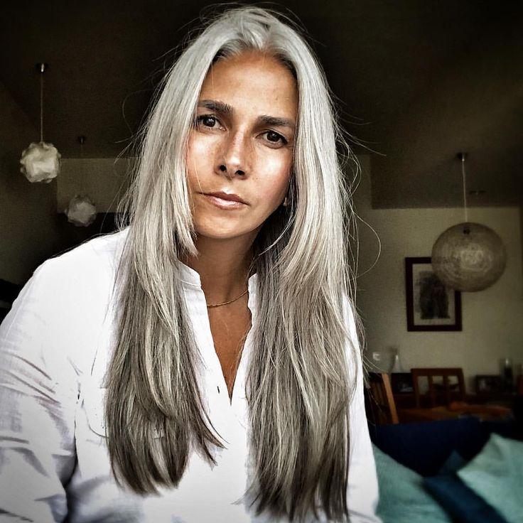 Eines der Dinge, vor denen ich am meisten Angst hatte, war, alt auszusehen, mein Mann ist jünger als ich (5 Jahre 🤫) und ich wollte nicht so aussehen, als wäre er …