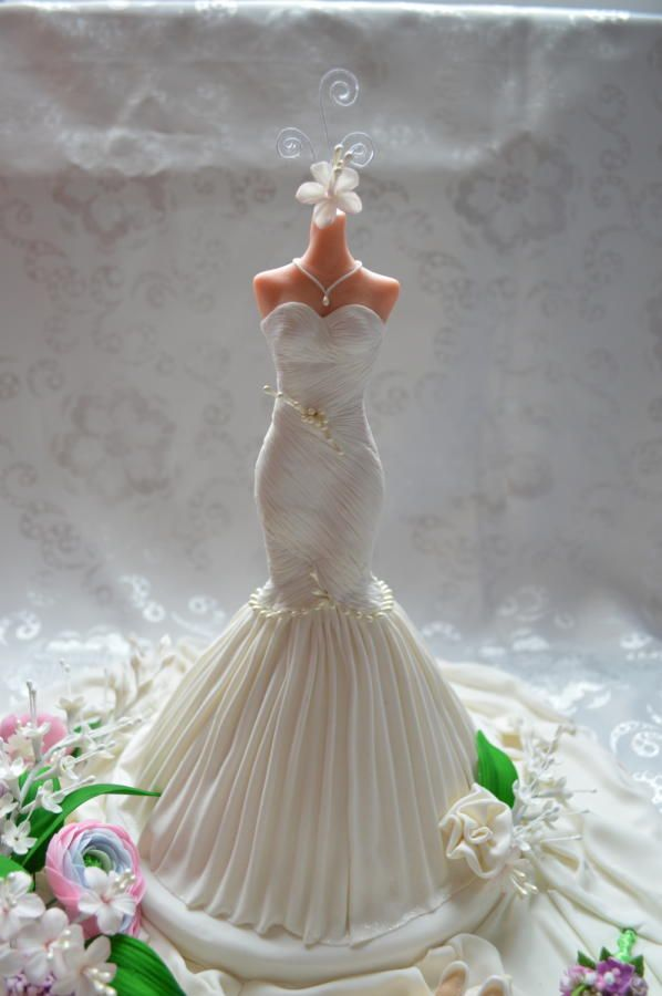 wedding dress - Cake by Lala