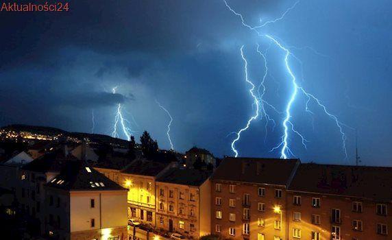Niepokojąca prognoza pogody. Gwałtowne burze nadciągają nad Polskę