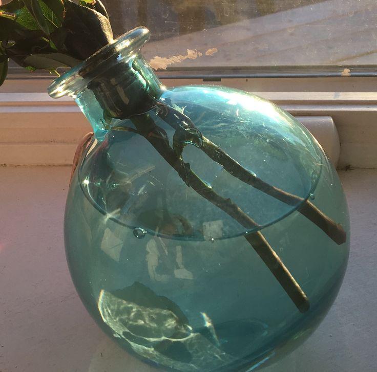 round blue vase
