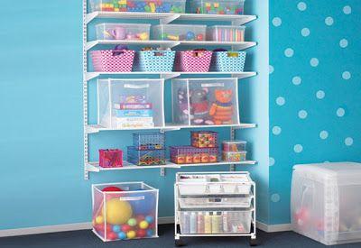 Organizar brinquedos e bonecas