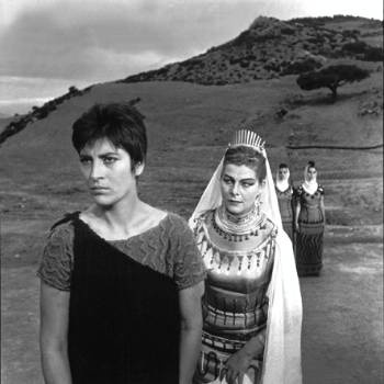 irene papas & aleca katseli playing in michael cacoyannis ¨Electra¨ in ancient Epidaurus