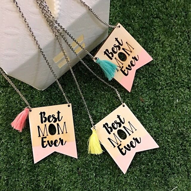 """Collana """"Best Mom Ever"""" idea regalo per la Festa della Mamma...e non solo! : Collane di babylabhandmade"""