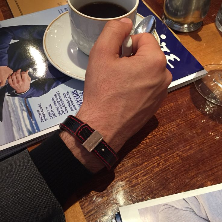 Sunday afternoon coffee with lovely stylish friends ...and MMzS Jewellery Design bracelets