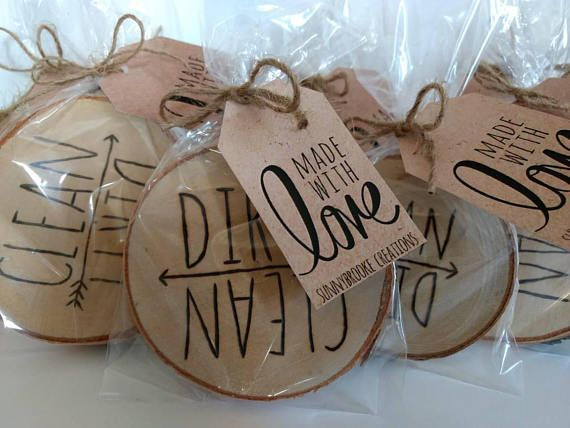 Wood burned clean dirty dishwasher magnet. Having this rustic magnet on the dishwasher is a great reminder that the dishes need to be done for you, your spouse or your kids! Note: these are made to order so the one you receive may not look exactly like the picture due to