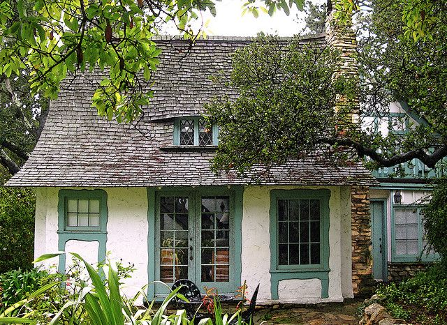 """Obers Cottage""~personal home of Hugh Comstock & his wife, Mayotta in Carmel, CA.  Built in 1925.  ~What character!~"