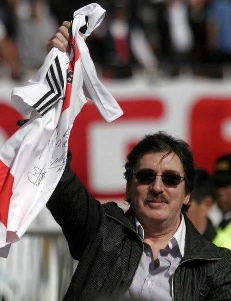 Charly García River Plate's fan