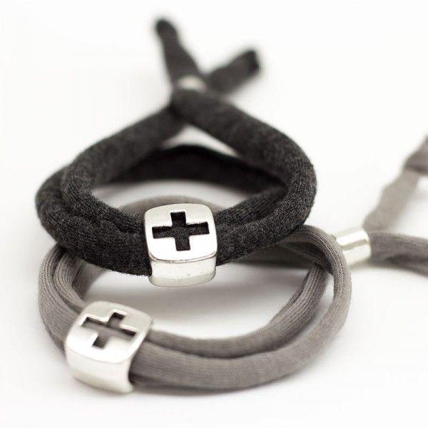 Recuerdo de Comunión pulsera con cruz para regalar a tus invitados