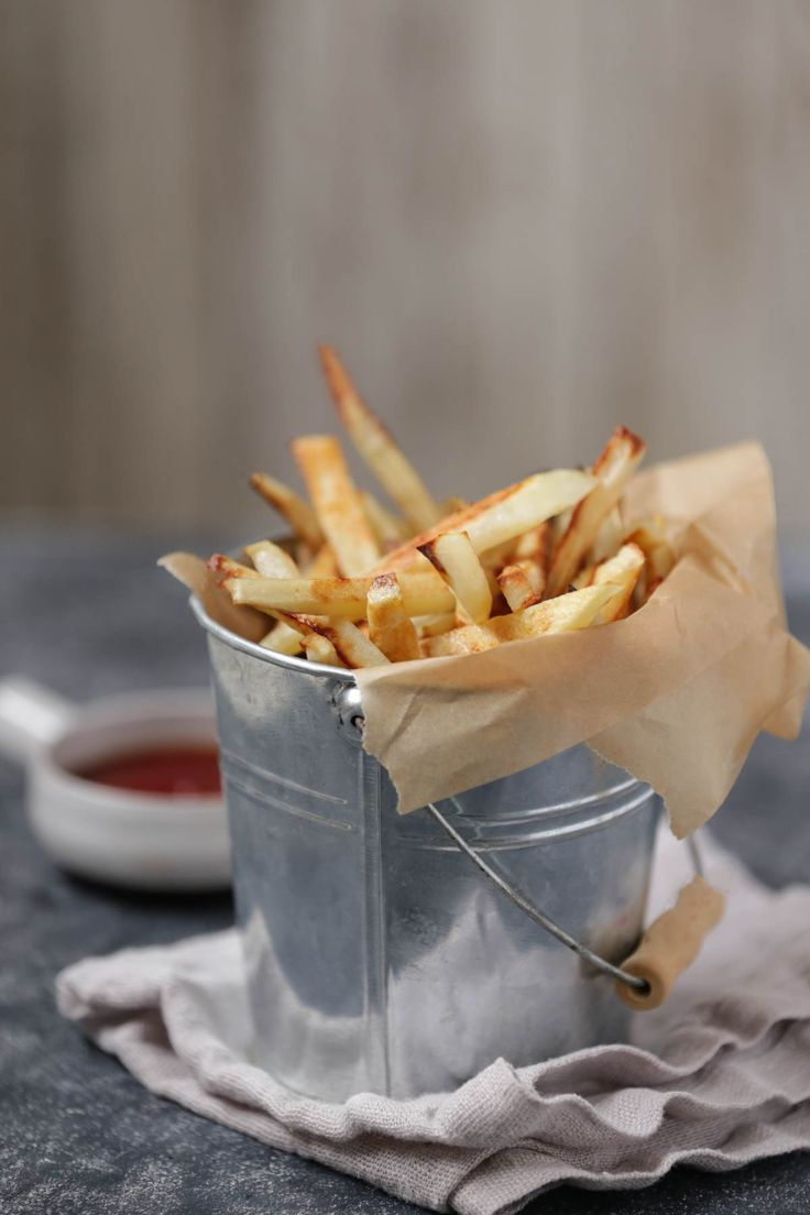 How to make the very best homemade french fries. Real Food homemade french fries at their finest. So simple and delicious.