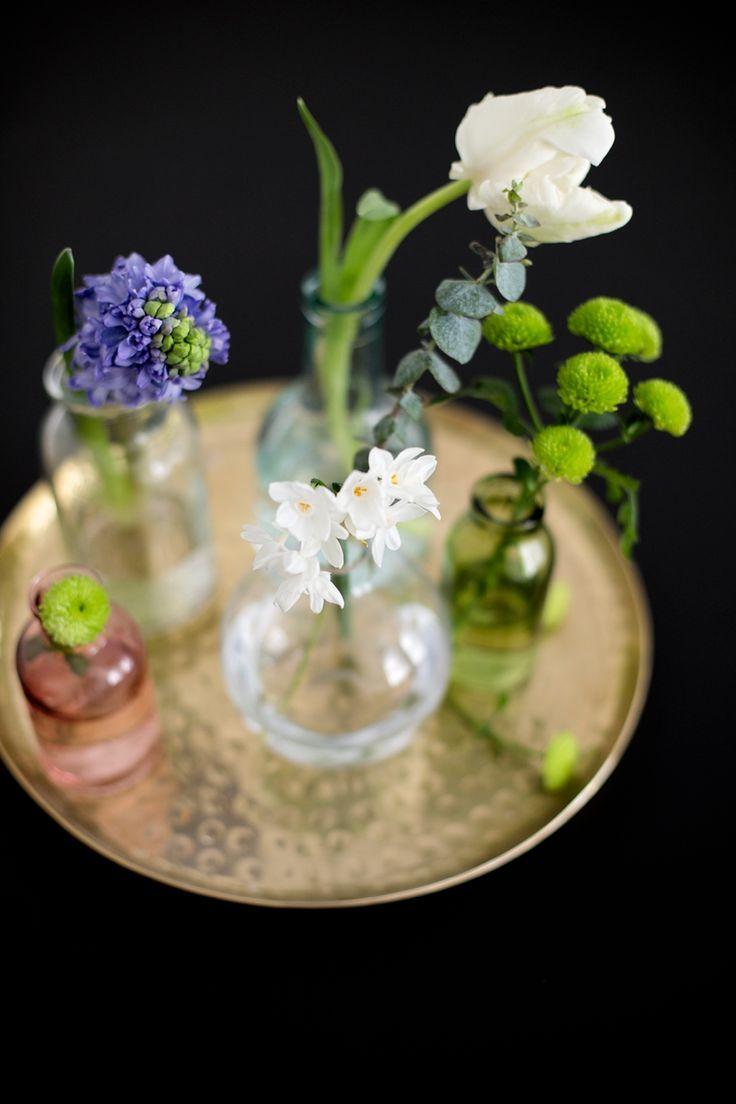 Wanddeko Idee mit Frühlingsblumen