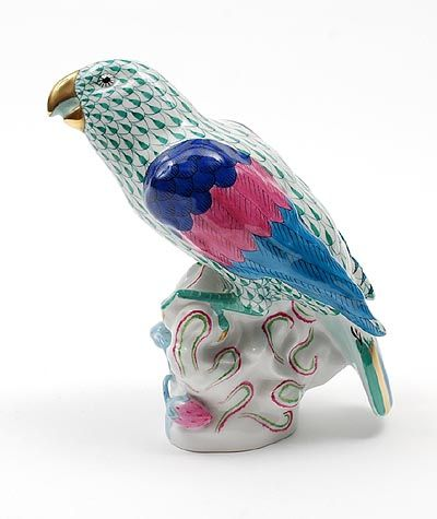 Porcelain Parrot polychrome painted with fishnet decoration and gilded accents executed by Herend / Hungary ca.1985