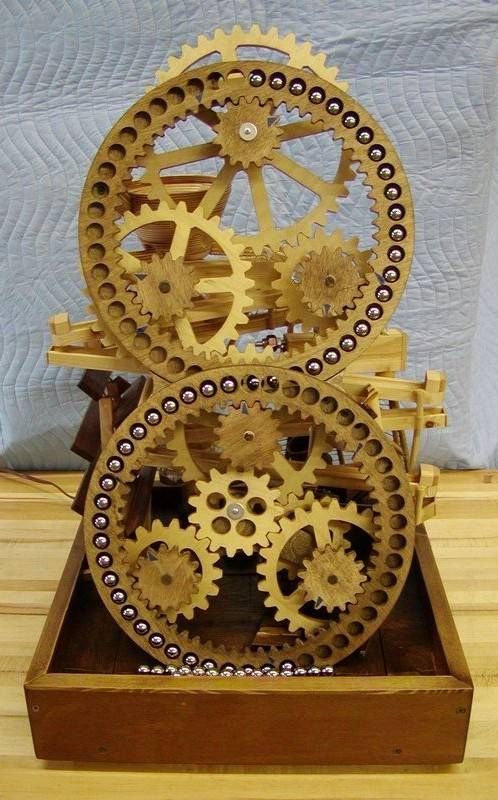 Ronald Walter's marble machine- I love how the gears hold the marbles in place from one level to another.