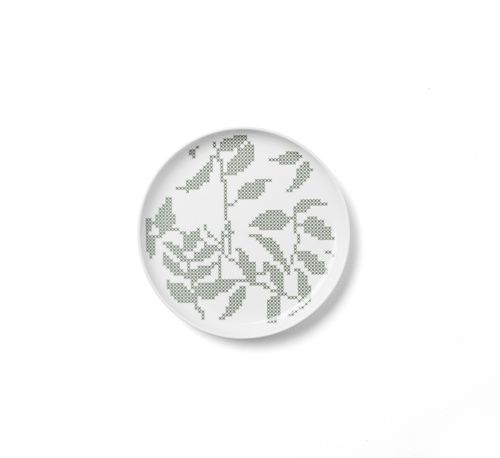 Talerz płaski Grey Leaves, 20 cm - Menu - DECO Salon. The formula is gentle and curious, because his style refers to the popular cross-stitch. #scandinaviandesign #kitchenaccessories #giftidea #dladomu #kuchnia