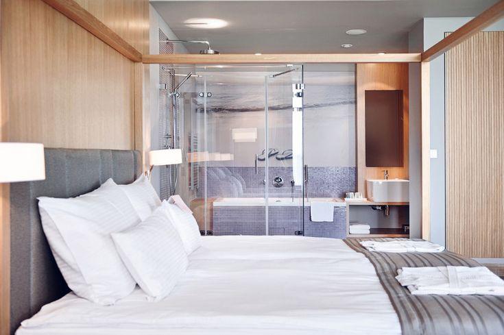 Mera Hotel Bedroom