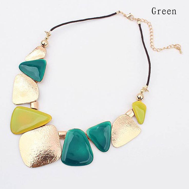 necklace - 13,5 USD - green
