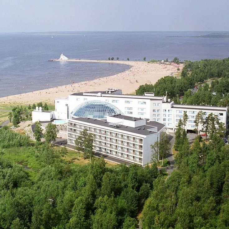 Sokos Hotel Eden in Oulu, North Ostrobothnia. A lovely sandy public beach and a gorgeous spa next by the Gulf of Bothnia