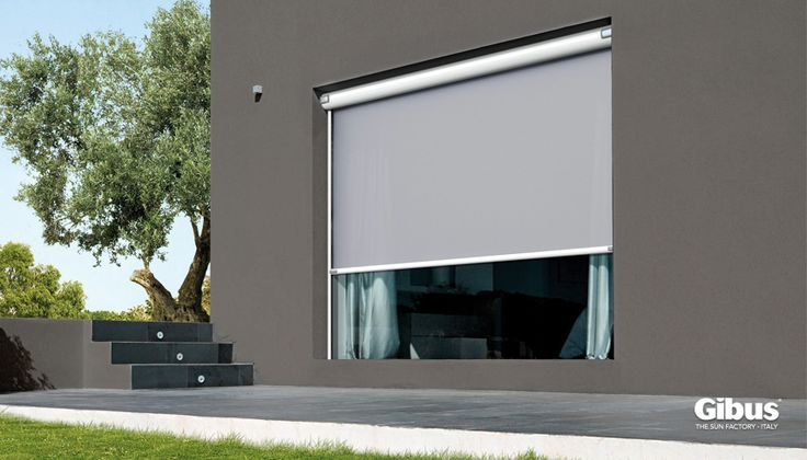 Tolo - Outdoor blinds (3 styles available) includes magnetic feet closure.