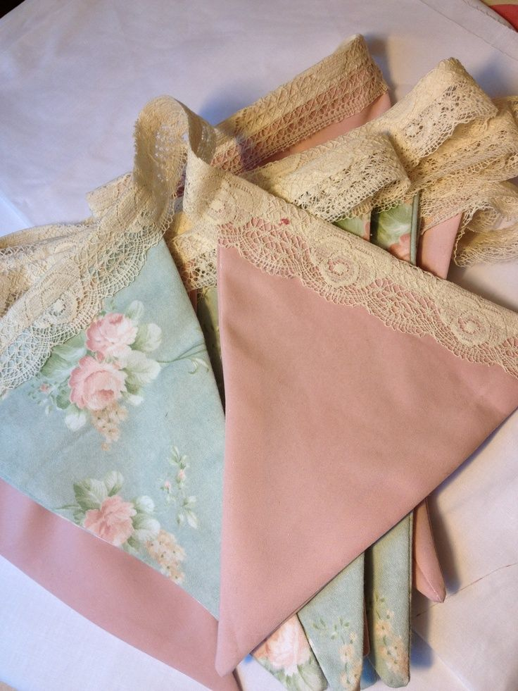 Vintage handkerchiefs Like the idea of connection hankies w lace not bias tape - prettier!