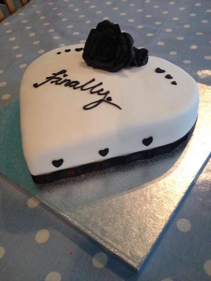 Divorce cake, heart