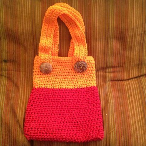 Tote Bag tejido a crochet en cordón, dos colores. $20 mil pesos