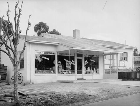 [Heathergrove store, Yallourn, October 1942.]