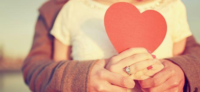 "Ketika Mengucapkan kata ""I Love U"" Terasa Basi, Ini Cara Lain Untuk Ucapkan Cinta Anda - Dokter Indonesia"