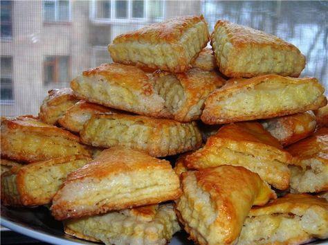 Этот рецепт опять от Иры-Ирис. Очень-очень вкусное печенье! Спасибо, Ира, за рецепт. Тесто: 1 стакан кефира (кислое молоко, сметана, ряженка) 1 яйцо 1 пакетик…