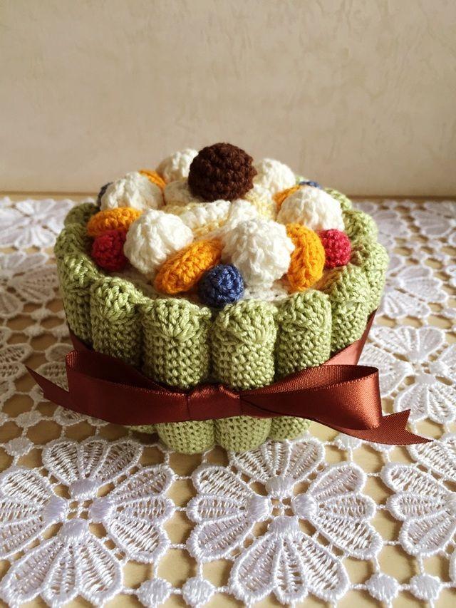 ハンドメイドマーケット+minne(ミンネ)|+抹茶のシャルロットケーキの小物入れ